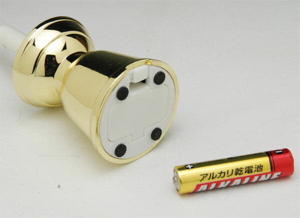 安全な電子の灯り LED電池ローソク 燭台付