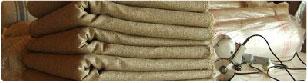 伝統的リネンタオル織り製法ハッカバック織りについて詳しく説明しています