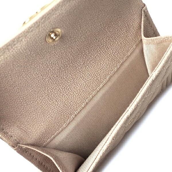 5e75a3f5d853 シャネルレディース 折財布. BOY CHANEL ボーイシャネル三つ折り 小銭入れ付きミニ財布 コンパクト財布 キャビアスキン. A84432  B00317 N0894