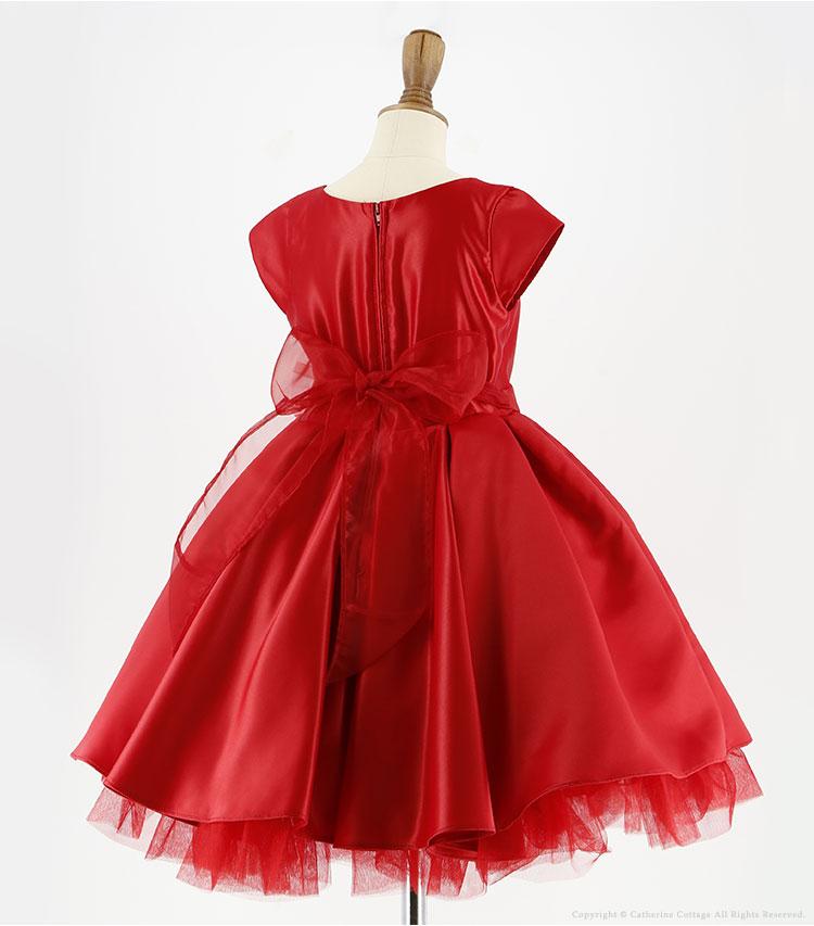 赤い子供ドレス