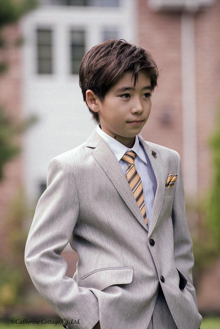 卒業式 男の子スーツ コーディネート