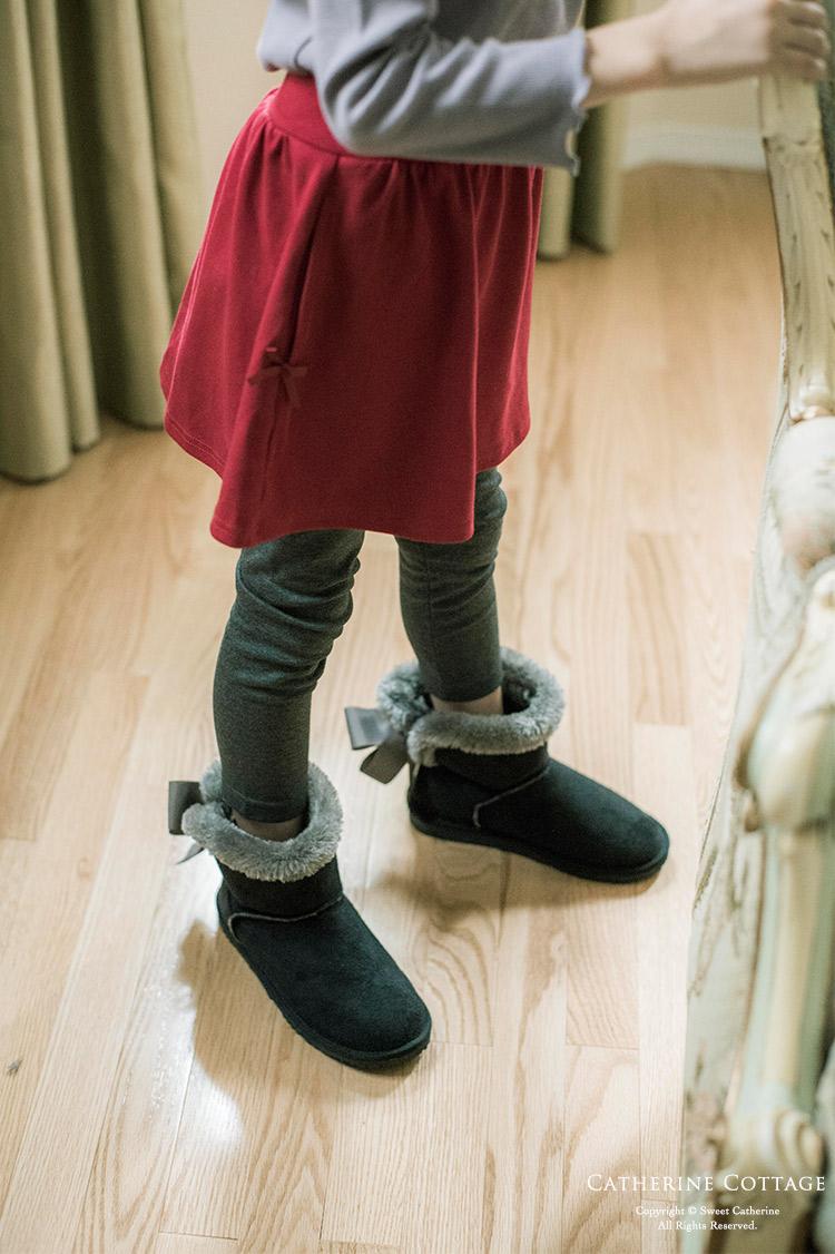 秋冬の女の子用子供服