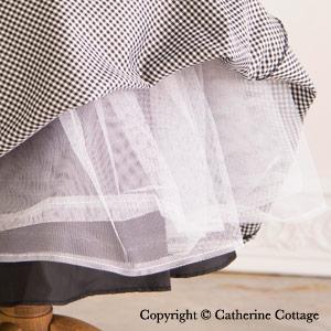 ドレス 裾チュールのアップ