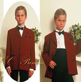 赤のスーツ