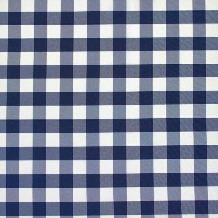 ブルーのチェックスーツ!  今年の春夏はワントーンコーディネイトで決まり‼ブルーのスーツにブルーのワイシャツ。そしてブルーのネクタイ‼是非オススメです(*^^*)