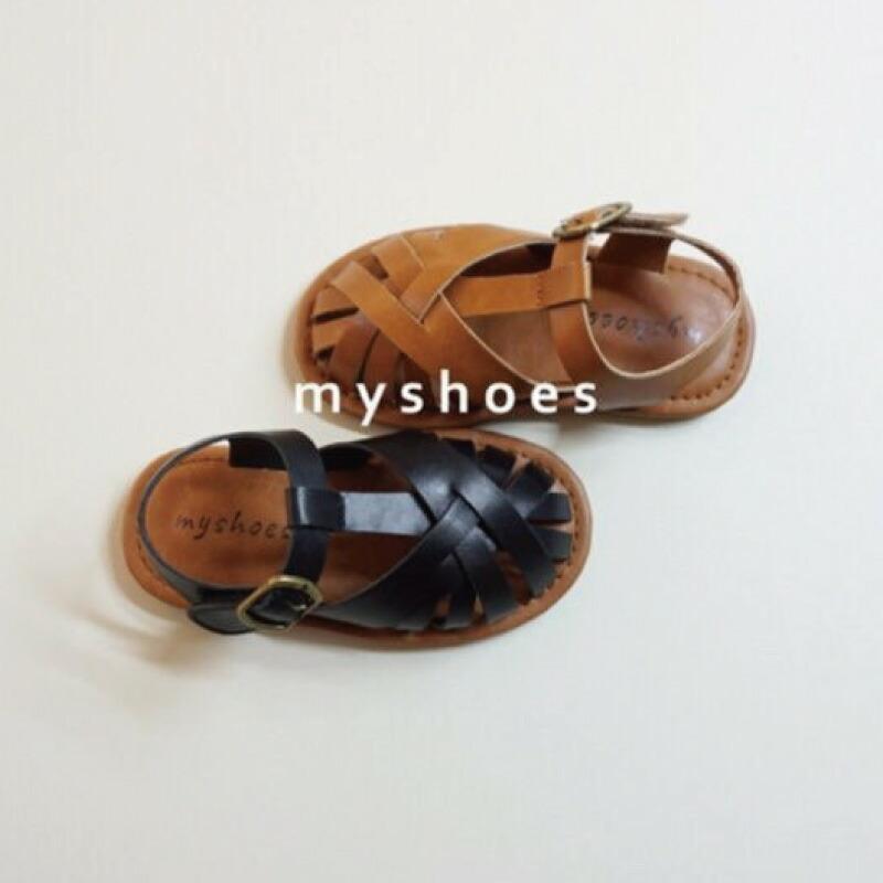 academy sandal