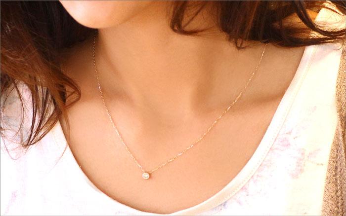 K18YG/PG/WGダイヤモンドネックレス 着用