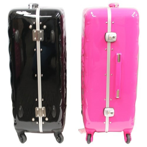 4b6bcc91a Cinemacollection: To Hello Kitty suitcase 26 inches carry case ...