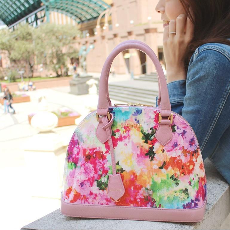 夏おすすめの花柄財布・小物・バッグ
