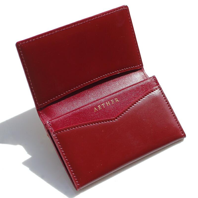 エーテル 赤色のコードバンレザーを使用したレディースカードケース