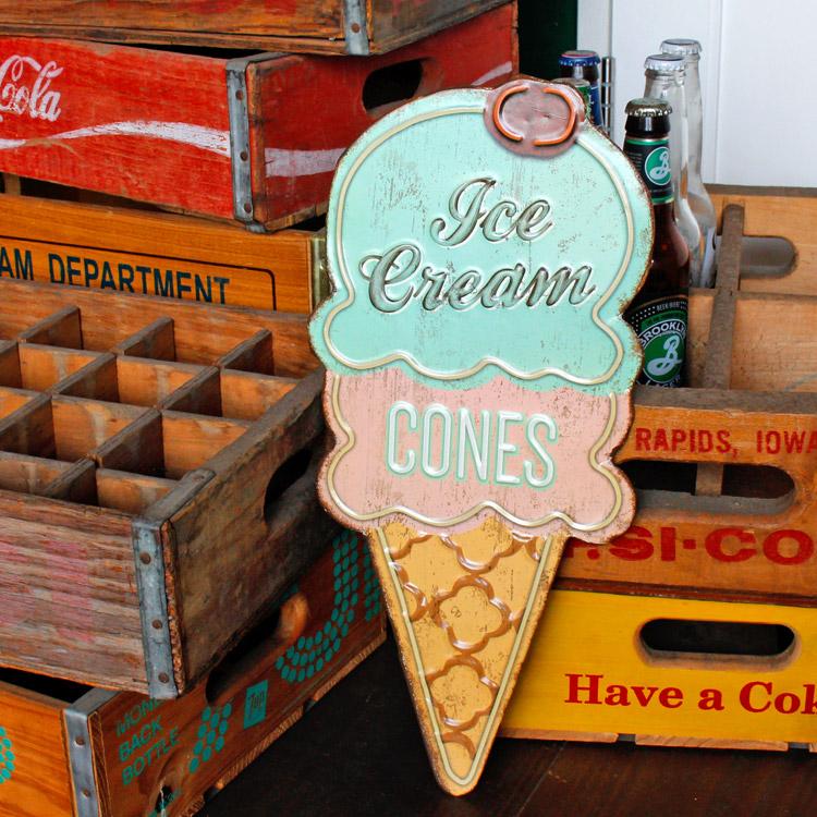 ダイカットメタルサイン Ice Cream Cones アイスクリームコーン 縦40.5×横18cm ブリキ看板 インテリア アメリカ雑貨 アメリカン雑貨