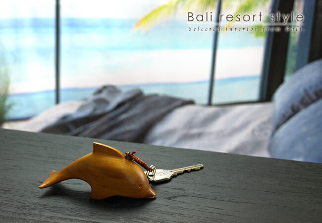 木製キーホルダー イルカ
