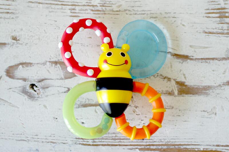 サッシーのはちさん 歯固め おもちゃ 玩具