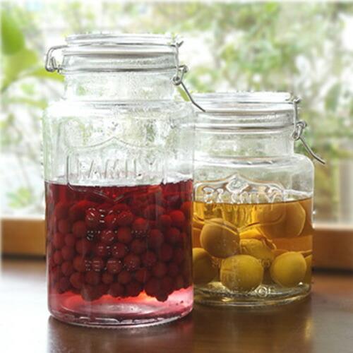 自家製ならではの楽しみ。梅酒・果実酒づくりにおすすめのおしゃれなガラス瓶を教えて。