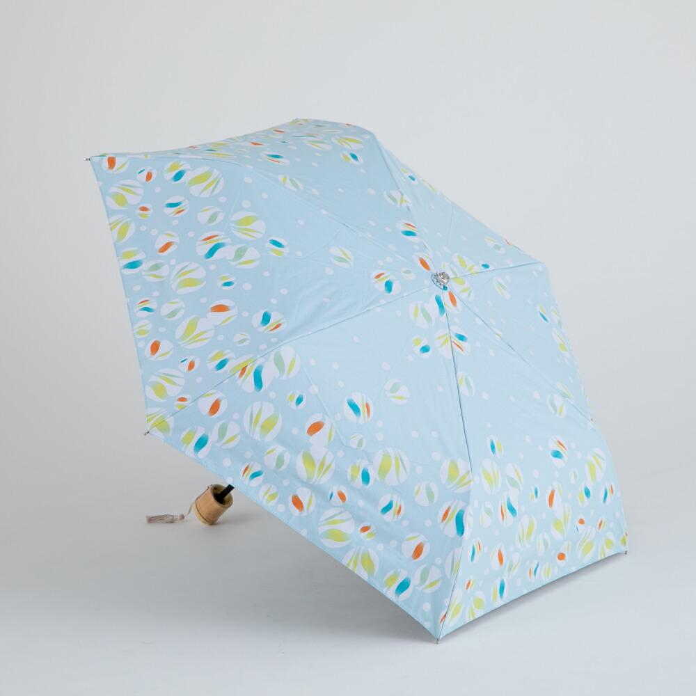 晴雨兼用日傘折傘 ビー玉 白藍   晴雨兼用 軽量 女性用 手ぬぐい テトロンコットン 梅雨 雨 遮光 UVカット 遮熱 日よけ 涼しい 楽しい 和柄 おしゃれ 和モダン 寒竹 折り畳み傘 伝統色 河馬印本舗 小川(ogawa)