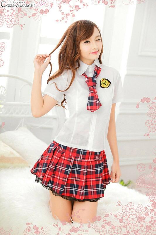 コスプレ/セーラー服/アイドル衣装/ネクタイ付き・赤×紺チェックのラブリー制服