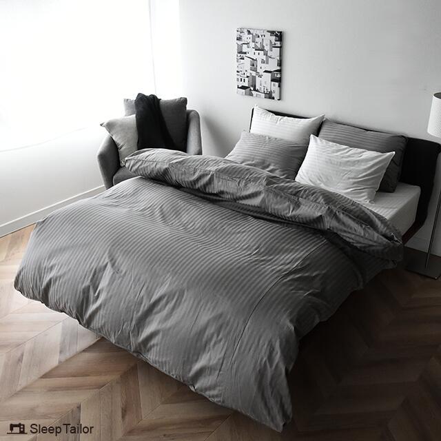 艶やかで美しいストライプ柄ベッドカバー