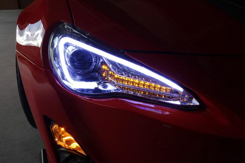 クロームタイプ ヘッドライト 86 ハチロク 高輝度LED クリスタルアイLEDライトバー 純正ハロゲンヘッドライト車用ZN6 V3流れるウインカー仕様