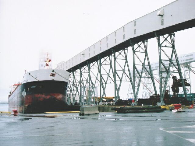 ハリファックス国際貿易港より日本に向け輸出します。