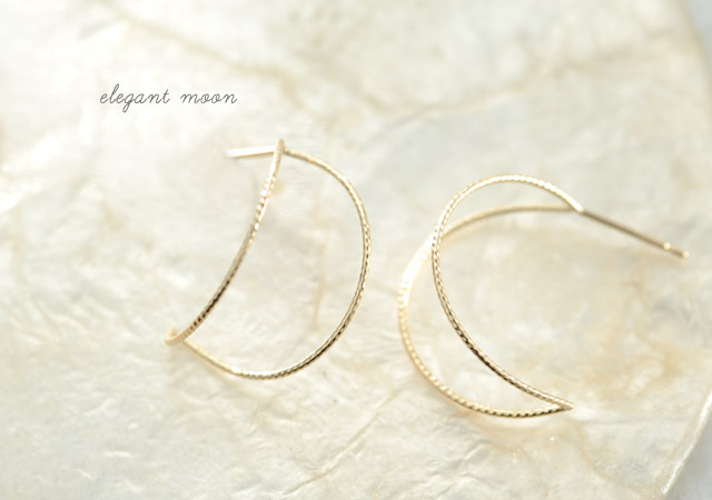 K18 pierced earrings K18 ピアス elegant moon