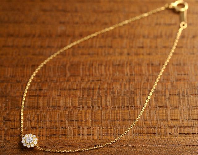K18 diamond bracelet floral