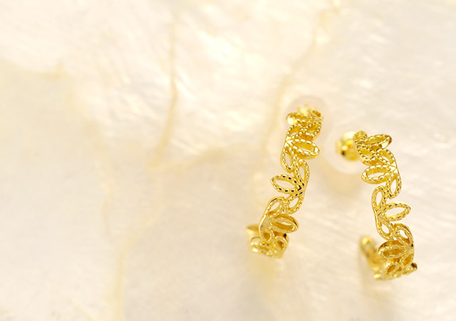 K18 pierced earrings  K18ピアス sprout hoop