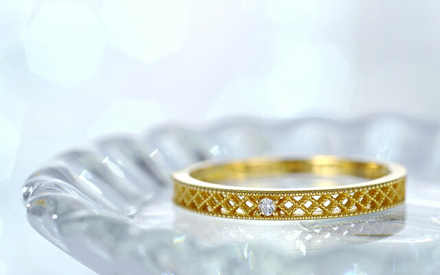 K18 diamond ring cloth