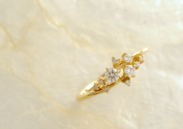 K18 diamond ring ivy