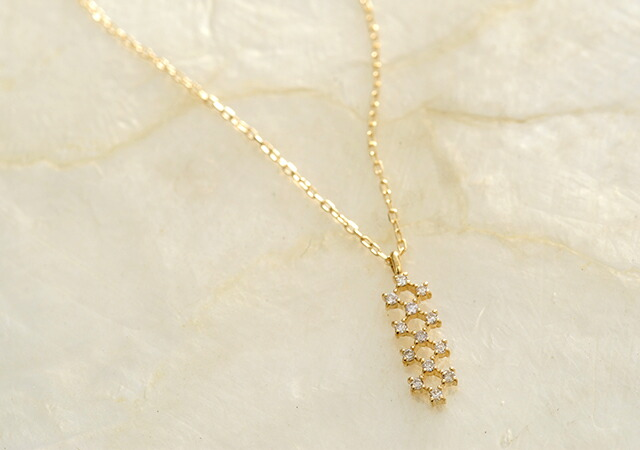 K18 diamond necklace joint