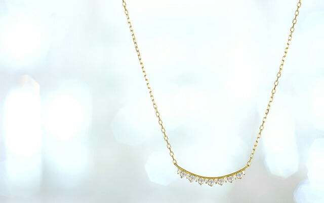 K18 diamond necklace