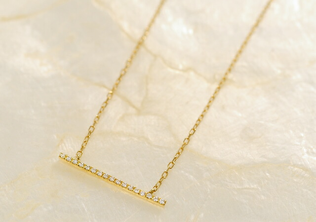 K18 diamond necklace straight