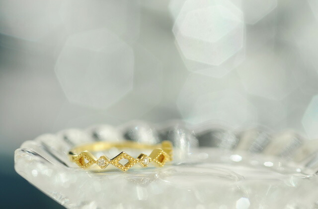 K18 diamond pinkyring lucent