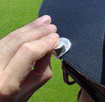 帽子にクリップをセットできます