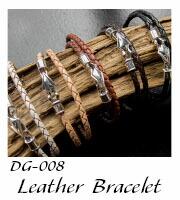 DG-008 二重巻きレザーブレス