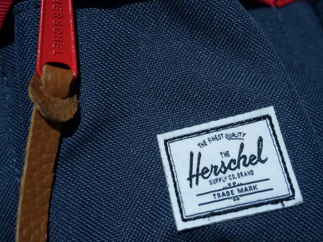 HERSCHEL eighteen now available! Now in New York being used most BAG ブランドハー  shell! Is a brand of bags for Canada Vancouver-born. 1f3163ea94