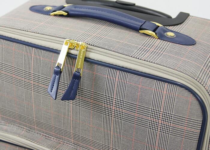 tsumori chisato CARRY(ツモリチサト キャリー)/グレンチェックキャリー キャリーケース 中 スーツケース