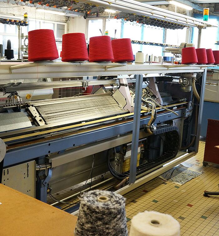 糸を紡ぐ機械