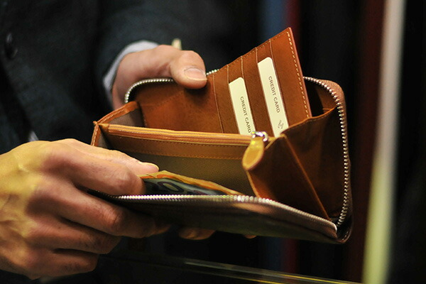 トリアンゴロ長財布