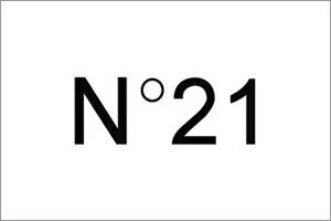 ヌメロヴェントゥーノ N°21 ブランドロゴ