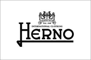 ヘルノ herno ブランドロゴ