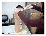 特別栽培米こしひかりは丁寧に梱包しお客様に配送