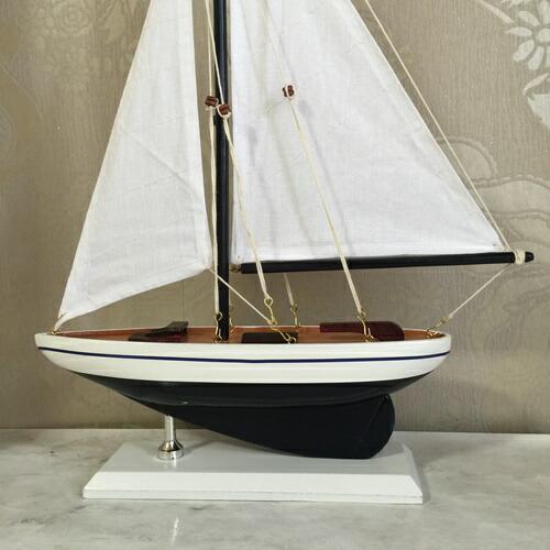 ZODAXミロスセイルボート ホワイト