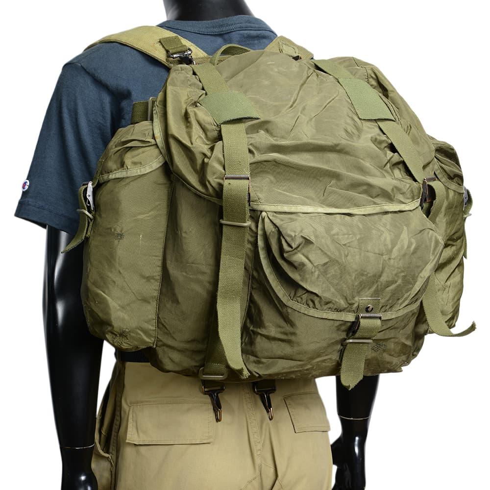 オーストリア軍放出品 サブバッグ付 バックパック ナイロン製