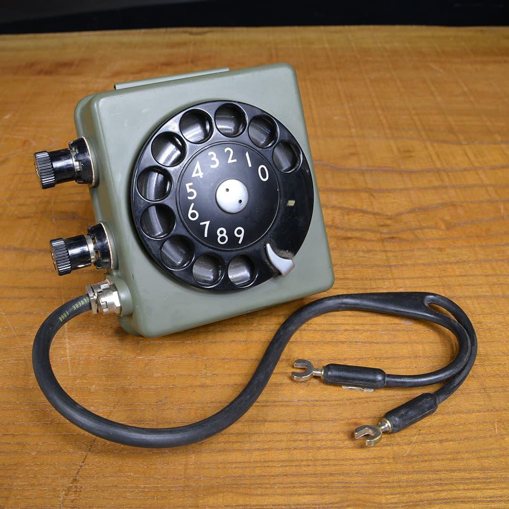 スウェーデン軍放出品 ロータリー式ダイヤル 野戦電話用 通信機器 フィールドフォン