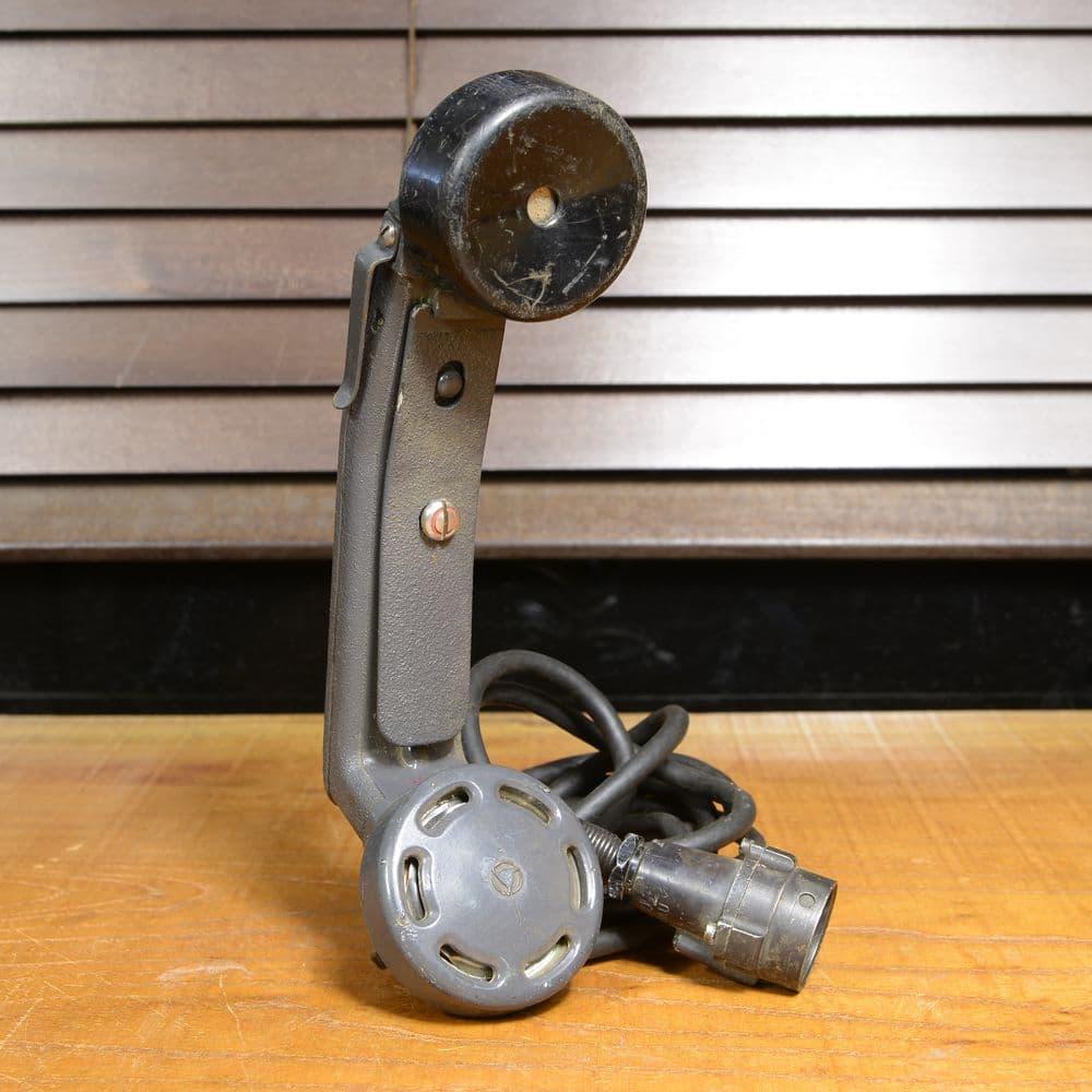 ドイツ軍放出品 受話器 野戦電話用 フィールドフォン 通信機器