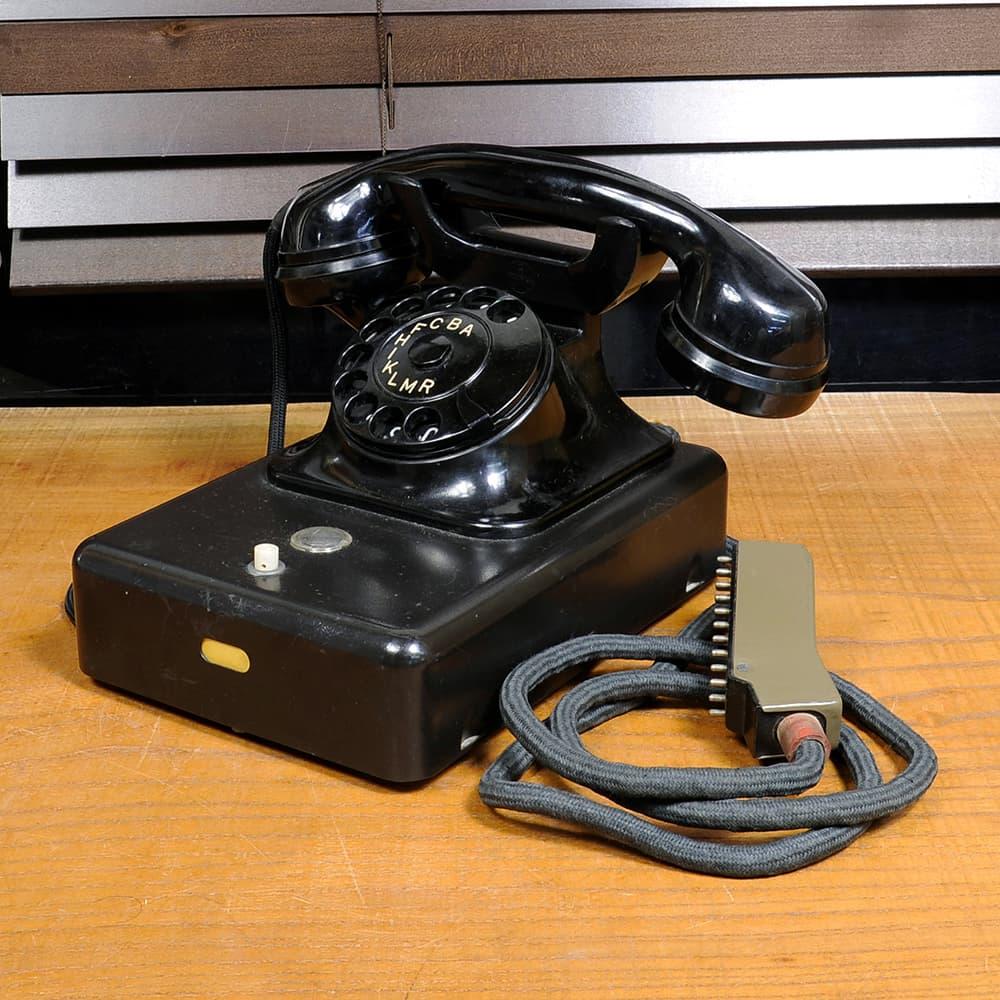 チェコ軍放出品 固定電話 TESLA 5FP 15000 ビンテージ