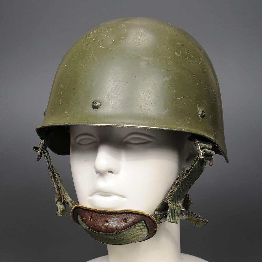 フランス軍放出 ヘルメット F1 スチール製