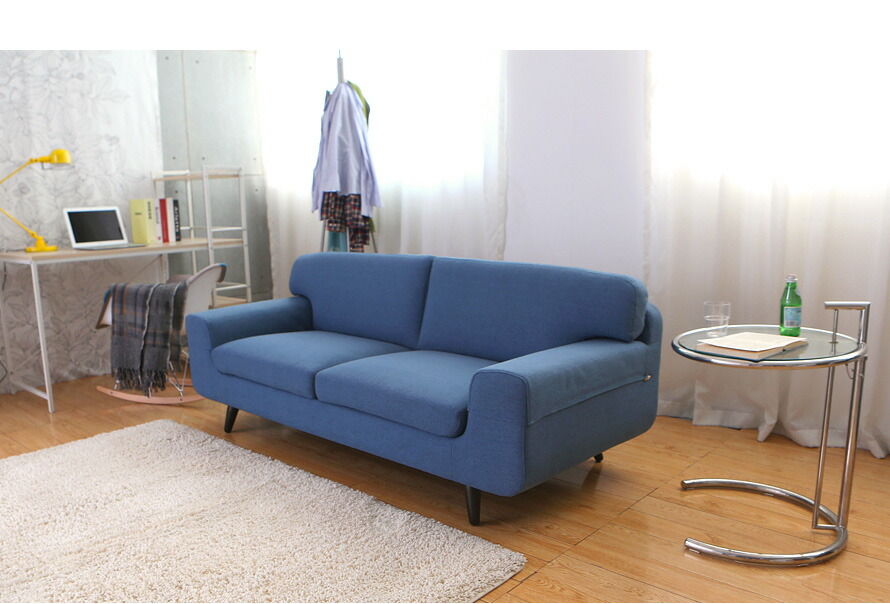 ソファに寝転んで生活するスタイルにも最適