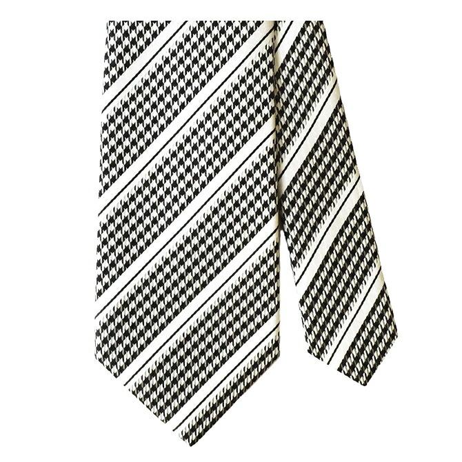 長いネクタイ