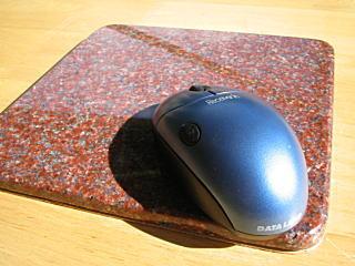 石のマウスパッド